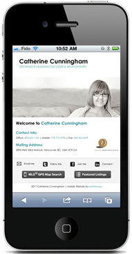 catherine-cunningham-on-iphone