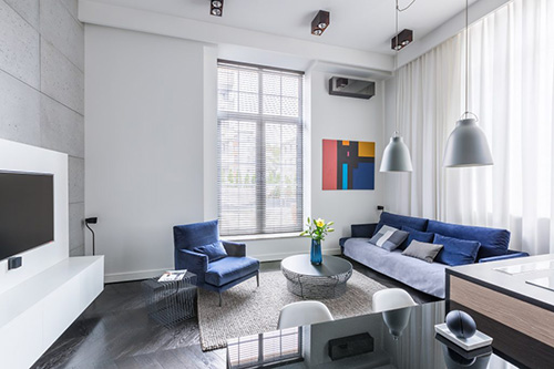 Dress up otherwise bare rooms with splashes of coordinated color